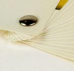 Reliure à vis permet de présenter vos documents sous forme d'éventail