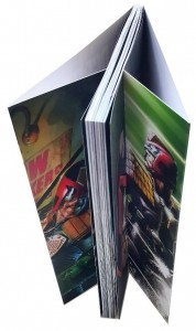 Les comics à dos carré collé avec rabats