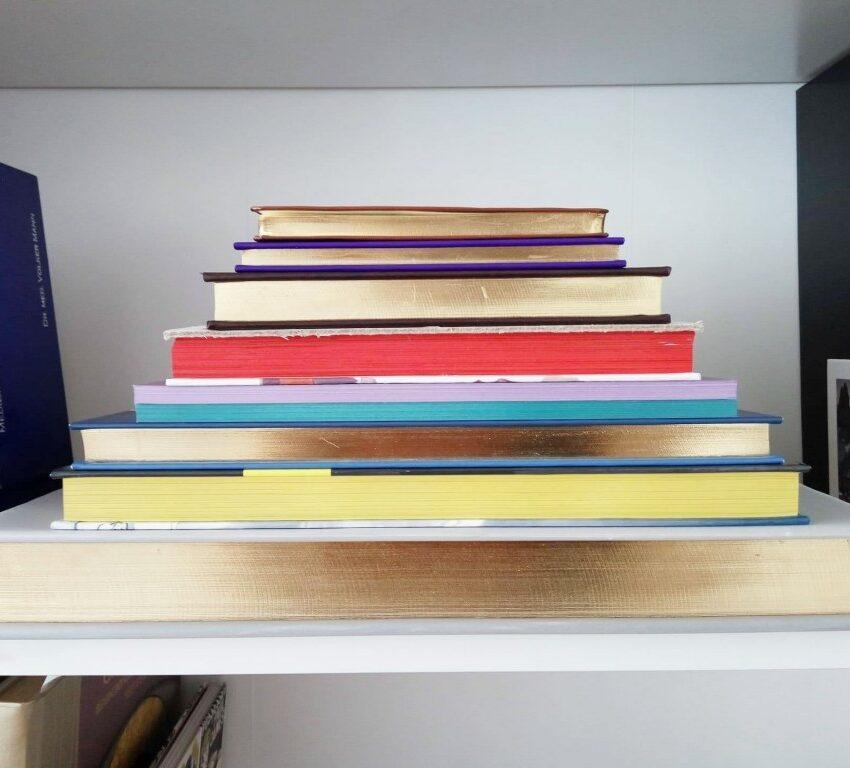 gilt-fore-edge-of-books-1024x768